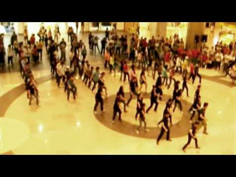 2010 Flash Mob A Tribute To Michael Jackson