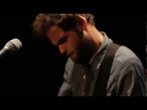 Let Her Go – Passenger (Official Music Video!)