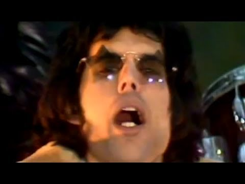 Queen – We Will Rock You (Official Video)